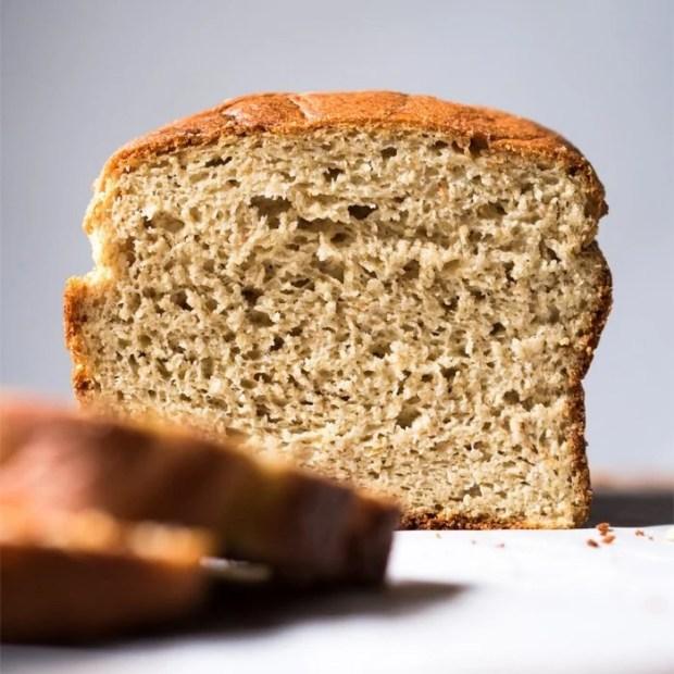 Not-Eggy Gluten Free, Paleo & Keto Bread 🍞 #keto #lowcarb #paleo #glutenfree #bread #healthyrecipes