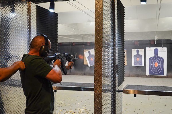 Shooting machine guns