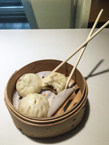Steamed buns, shanghai layover