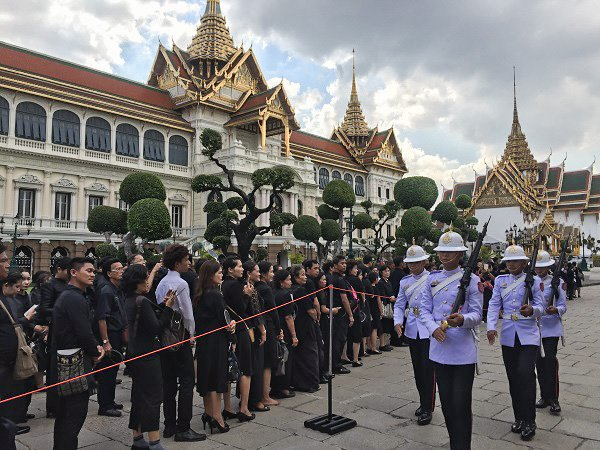 Though I wrote this before seeing it in person, the number of people lining up to pay their respects at the Grand Palace was astounding.