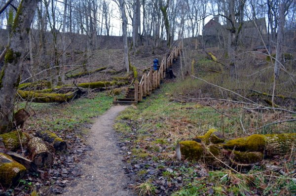 three-castle hike sigulda latvia