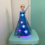 { Review } | Disney Frozen Zingende Elsa pop