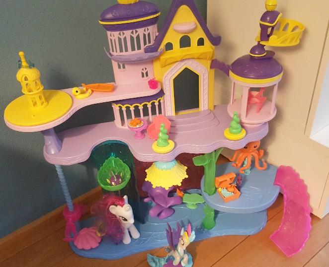 review My Little Pony film kasteel centerlot