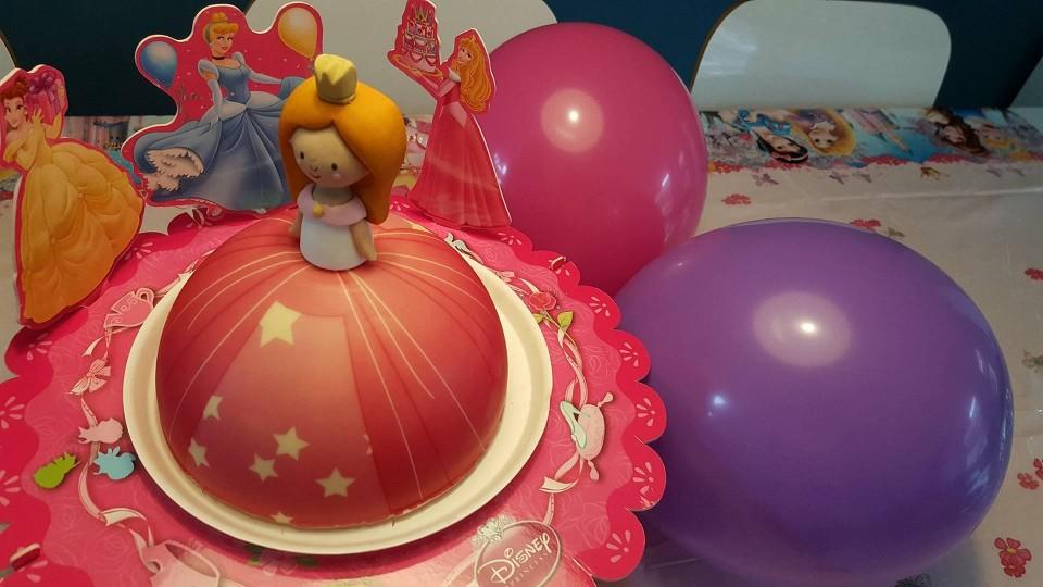 { Review }   Hema 3d Prinsessentaart