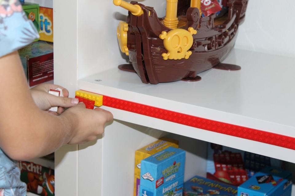 Heb jij al LEGO tape of bouwblokjes tape al geprobeerd