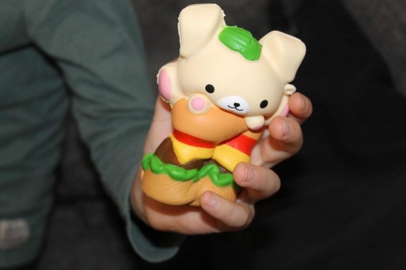 smooshy squishie hamburger