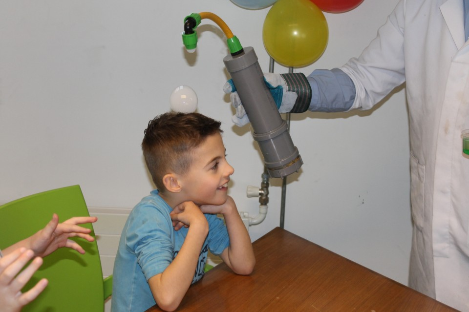 Mad Science kinderfeest huren