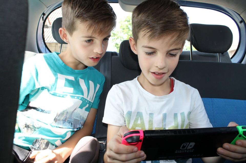 Nintendo Switch auto gezinsvakantie autovakantie met het gezin inpaklijst