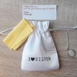 Meest unieke cadeautje (voor jezelf): vingerafdruk sieraad