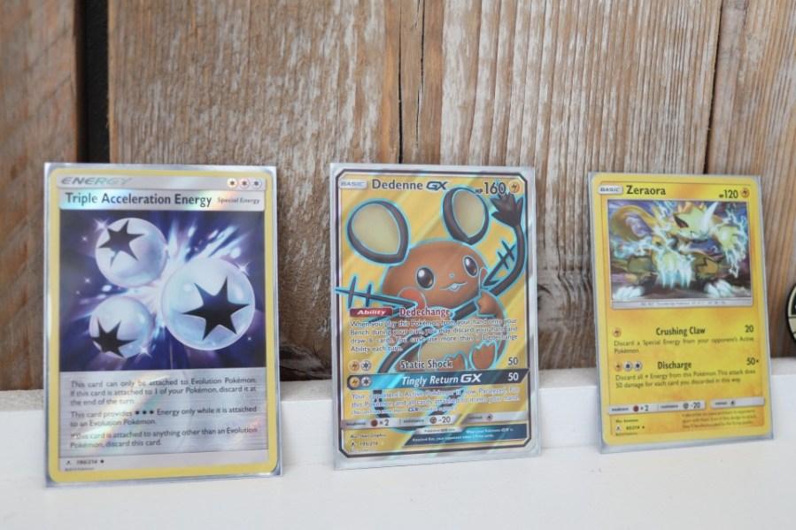 Pokémon Sun & Moon Unbroken Bonds Dedenne
