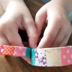 DIY | Knutsel een armbandje van ijsstokjes
