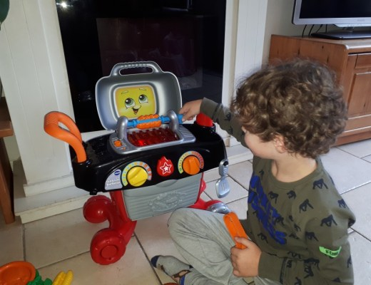 { Review } | De Grill en Leer Barbecue van VTech