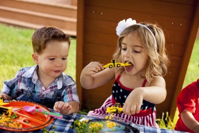 Het Constructive Eating eetset leuke eetset voor kinderen