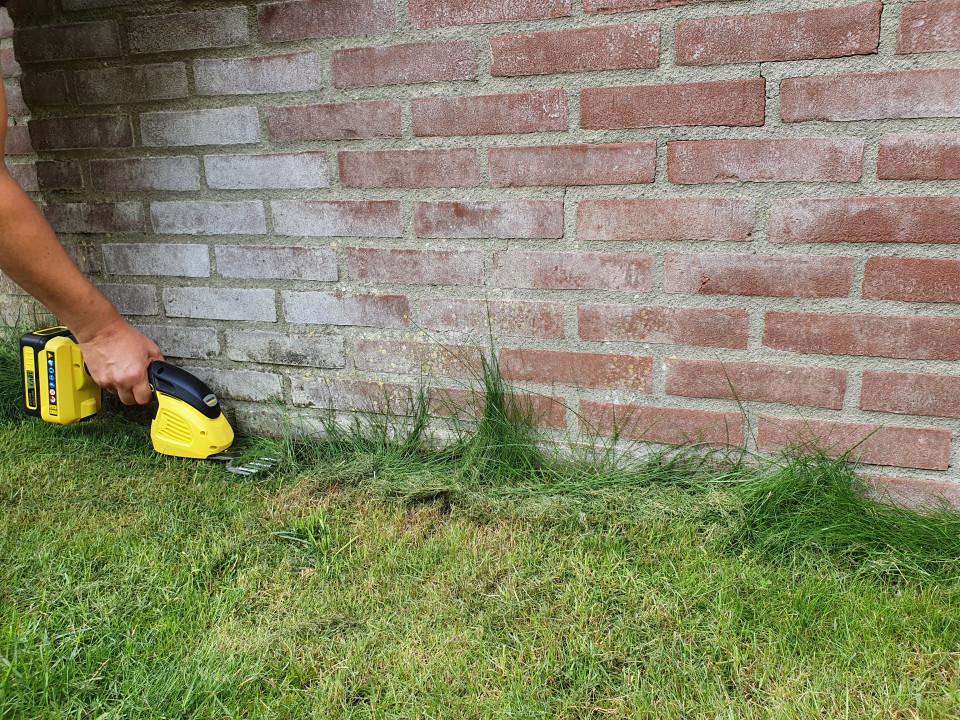 De ideale hulp in de tuin: mijn kids én de Kärcher Buxusschaar!