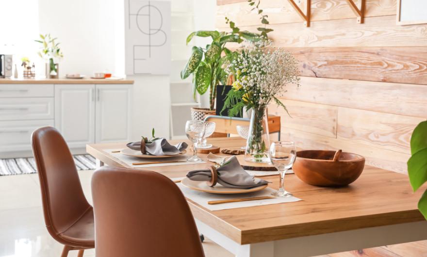 Ben jij op zoek naar de eetkamer voor jonge kinderen? In dit artikel lees je de trends op het gebied van kindvriendelijke eetkamers.