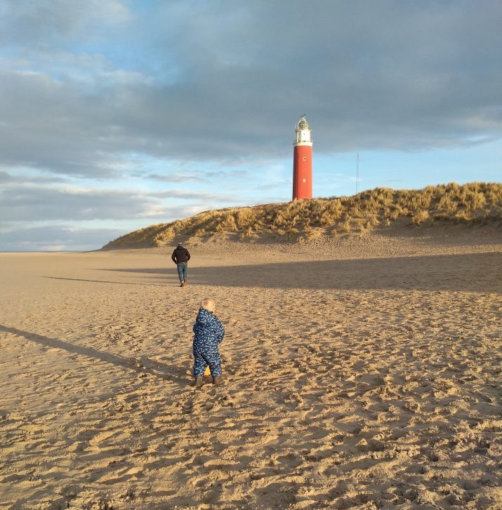 Ik neem je graag mee op onze coronaproof mini vakantie naar Texel. Want dat je tijdens corona op vakantie kan, is zeker! Lees maar mee.