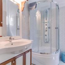 bathroom (Small)
