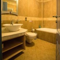 Kalipso-Bathroom---First-Floor (Custom)