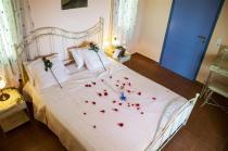 Kalipso-Master-Bedroom---Honeymoon (Custom)