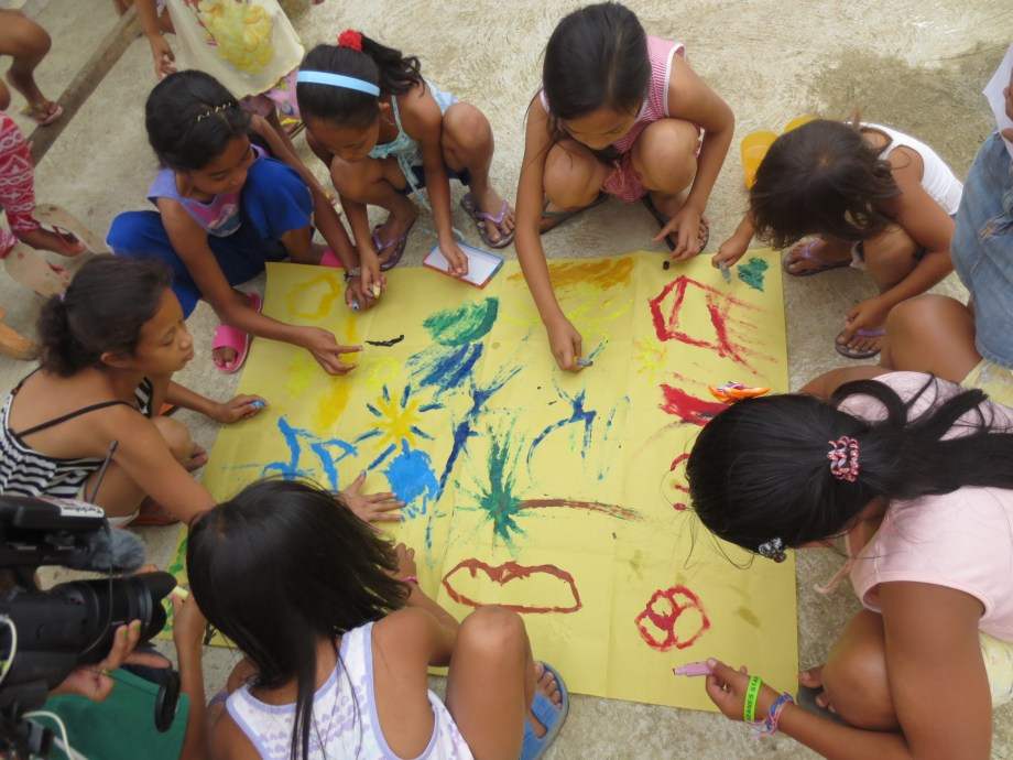 Volunteering in the Philippines with Kids
