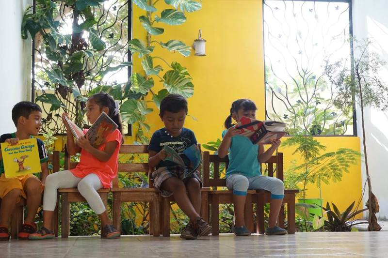 Children at Na'atik Language & Culture Institute in Mexico