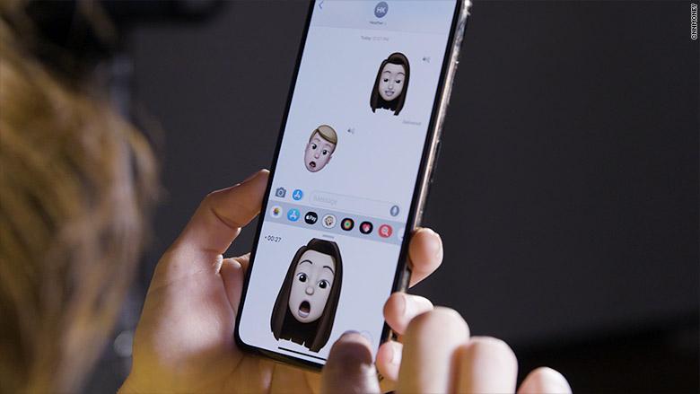 Iphone Xs self imoji