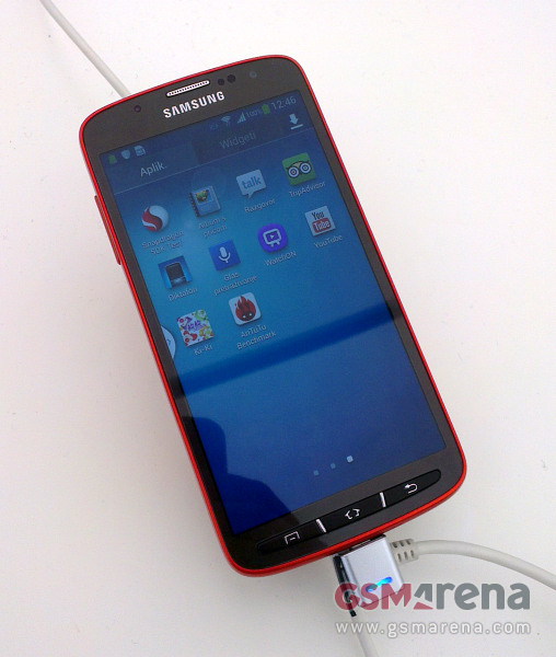 Samsung I9295 Galaxy S4 Active red 1
