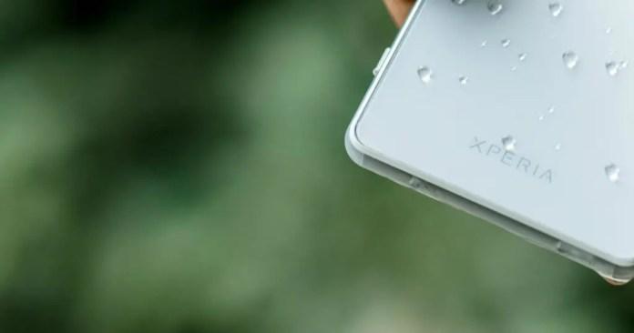 sony xperia z3 compact edge