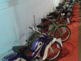 vintage-bikes-and-mopeds-at-margao-dindi-festival-2016-2