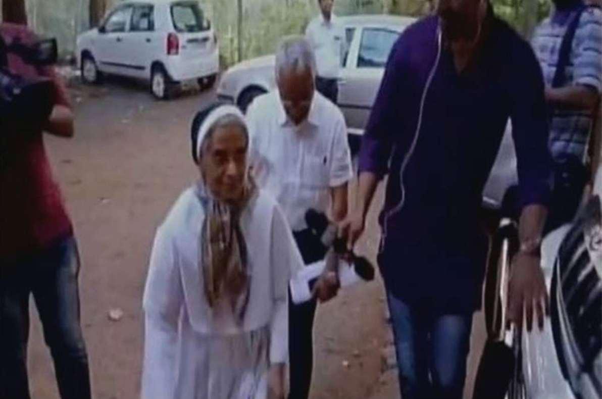 KERALA MINOR GIRL RAPE CASE NUNS PRIEST SURRENDERED POLICE