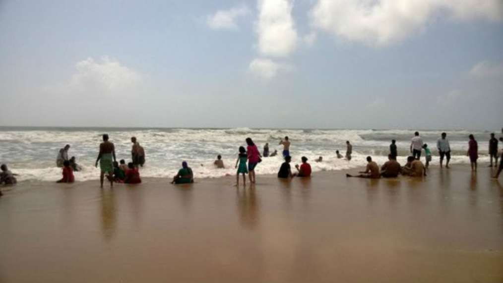 SWIMMING BEACH WATERS GOA SUNSET BARRED GOVERNMENT