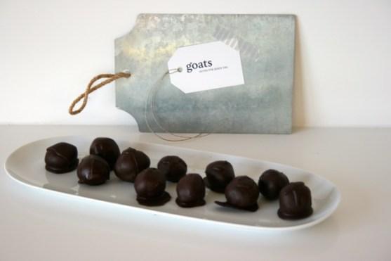 Kokosbällchen mit Schokolade2