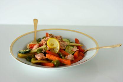 Gemüsesalat mit Lachs1