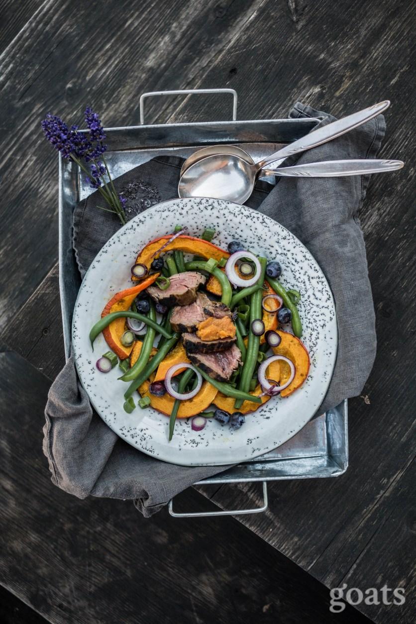 Kuerbis-Bohnen-Salat mit Rinderfilet (2 von 9)