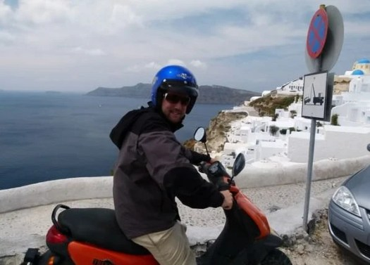 best places to travel in january santorini greece