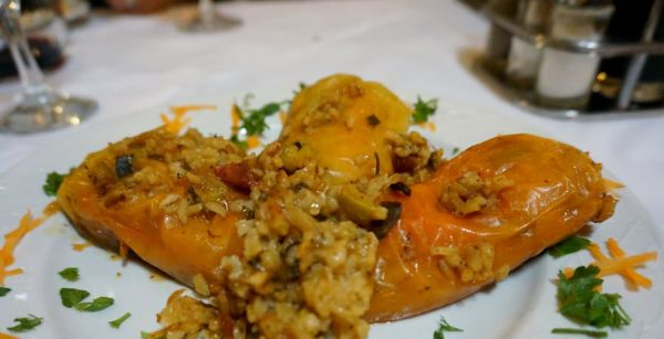 stuffed peppers in albania what to eat