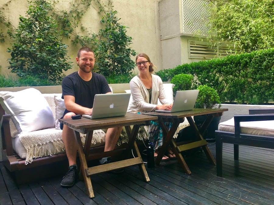 make money online as a travel blogger