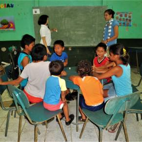 Volunteer teaching in Costa Rica