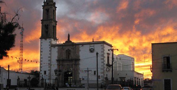 /cms/uploads/image/file/511339/Iglesia_de_Santiago_Apostol_en_Mapimi_.jpg