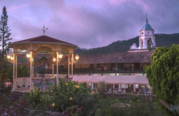 /cms/uploads/image/file/530221/San-Sebastia_n-del-Oeste_Jalisco--Plaza-Principal-web.jpg
