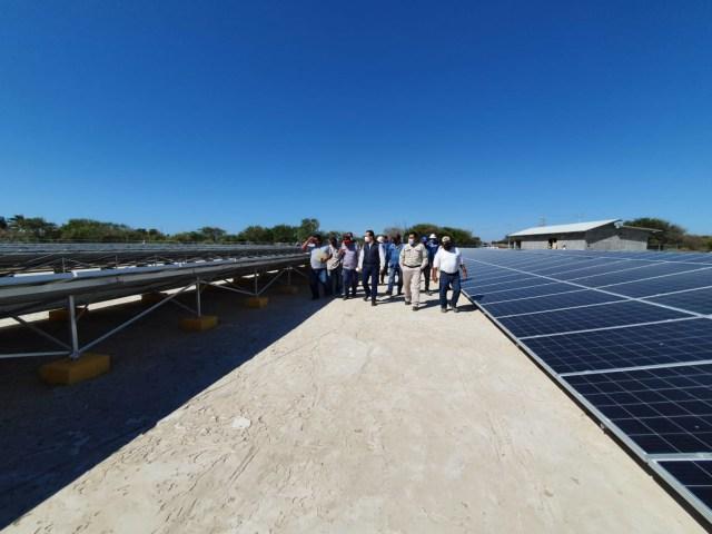 Acuerdan INPI y CFE atender necesidad de energía eléctrica en el municipio de Santa María del Mar, Oaxaca.