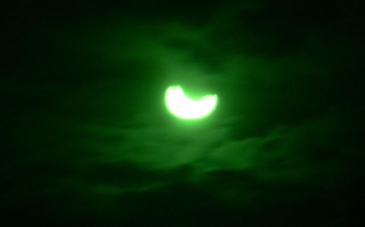 éclipse de soleil Belitung Indonésie Go Belitung