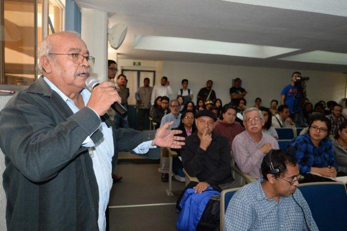 En total se presentaron 14 ponencias y el público también tuvo la oportunidad de expresar posturas y comentarios