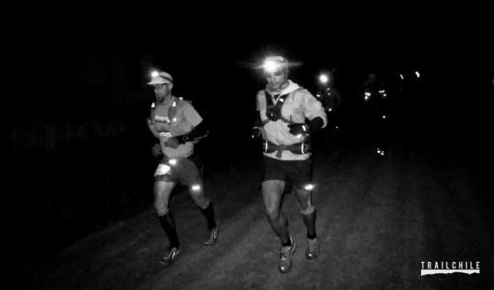 Enzo Ferrari and I off at running at the start. Photo by Trail Chile.