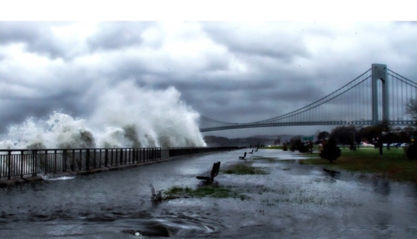 Photo of Verrazano bridge taken Oct 2012 during Hurricane Sandy