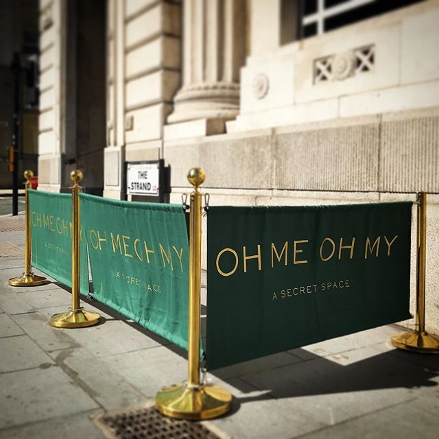 Gold & Green Separation banners almost as good as the view on the rooftop bar @ohmeohmy_liv #cocktails #bar #printing #signage #gold #liverpool #sunny #rooftop #bar #graphicdesign #creative