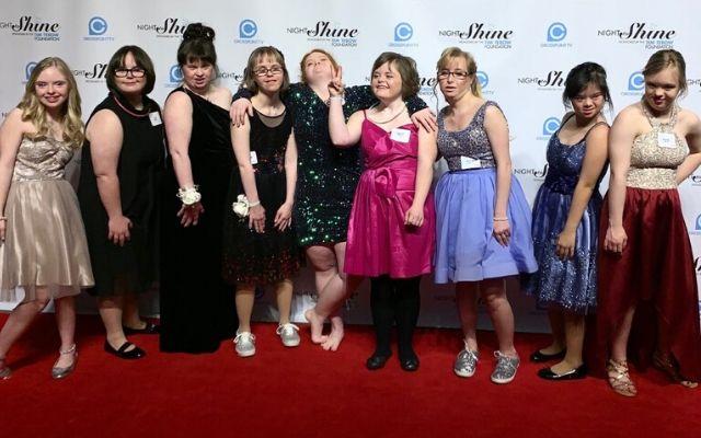 Dancing Divas And Dudes Night Shine Gala