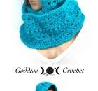 Hooded Infinity Scarf - Free Crochet Pattern