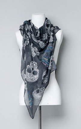 (2) A skull scarf from Zara- the skulls look as though they are made form crystals and there's a hint of blue in there too. SKULL PRINT SCARF 19.95 EUR at Zara