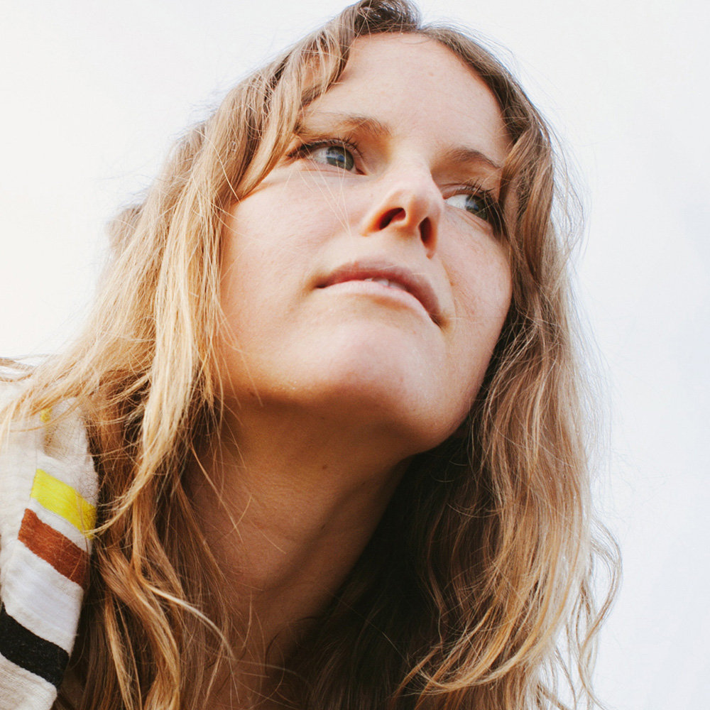 Track of the Day #846: The Field – Reflecting Lights (Kaitlyn Aurelia Smith Remix)